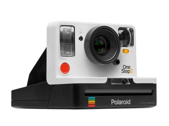 1000221441cv13d 555x416 - Polaroid OneStep 2