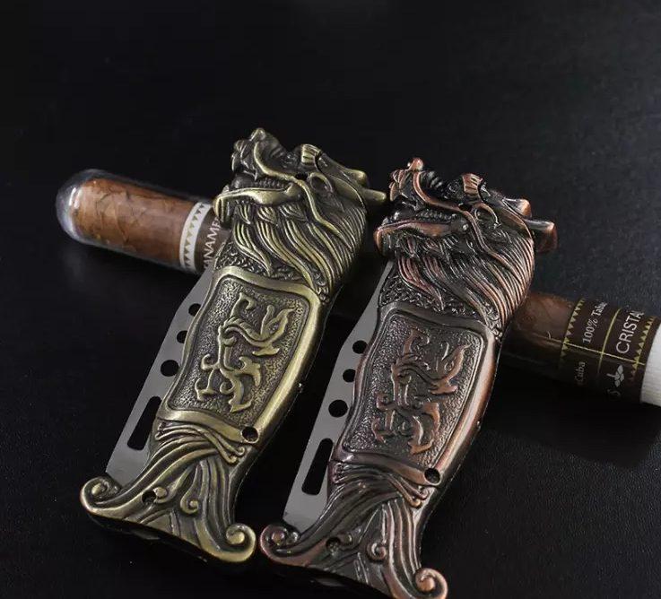 Encendedor de Dragón con cuchillo plegable