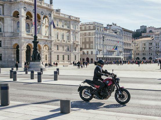 Leoncino 21 555x416 - Motocicleta Benelli Leoncino 500cc Modelo 2019