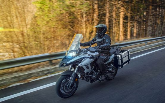 TRK 502 GALLERY2 555x347 - Motocicleta Benelli TRK 502 500cc Modelo 2020