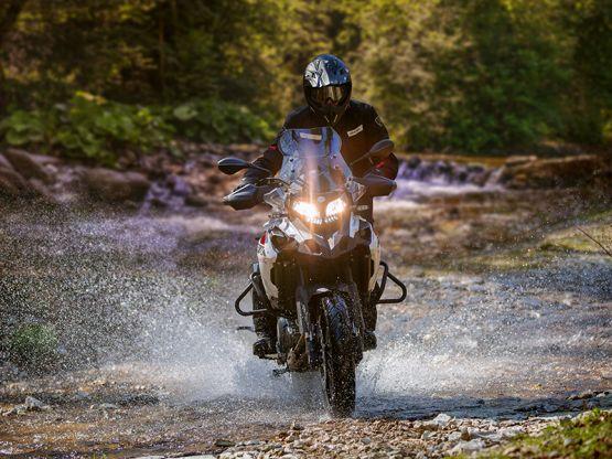 trk502x 21 555x416 - Motocicleta Benelli TRK 502 X 500cc Modelo 2020