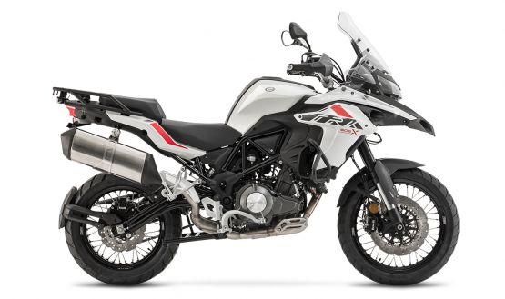 trk502x white 555x329 - Motocicleta Benelli TRK 502 X 500cc Modelo 2020
